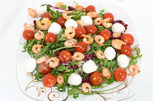 Салат с креветками #шаг 6