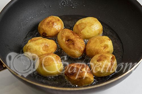 Курица с картошкой на сковороде #шаг 7