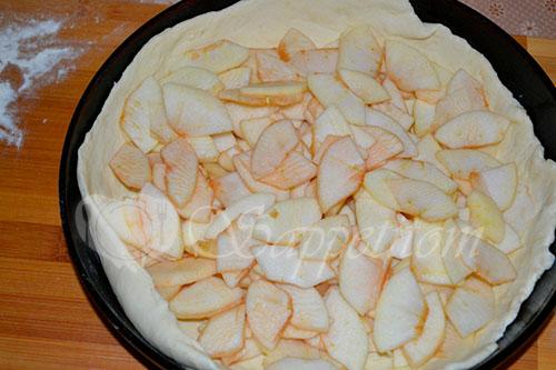 Пирог с яблоками и сметанным кремом #шаг 16