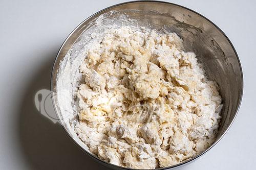Пирожки с капустой в духовке #шаг 3