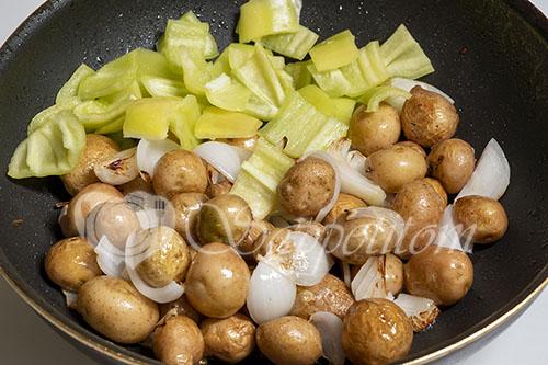 Мясо с овощами на сковороде #шаг 14