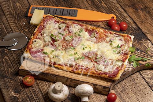 Пицца из слоеного теста #шаг 8