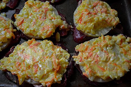 Свинина в соусе с ананасами и сыром в духовке #шаг 4
