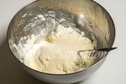 Сырники с манкой #шаг 2