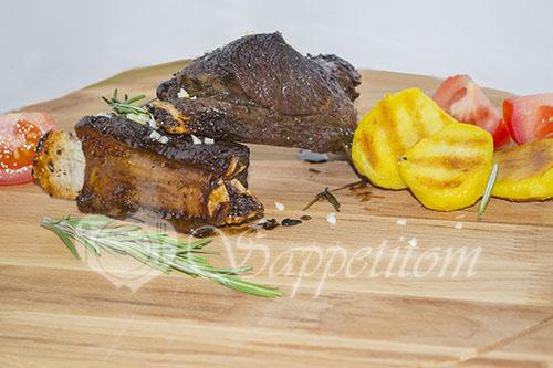 Карамельные свиные ребрышки