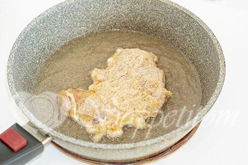 Отбивные из свинины на сковороде #шаг 10
