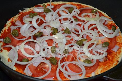 Ленивая пицца на сковороде #шаг 12