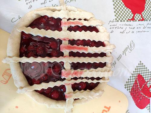 Пирог с вишней в духовке #шаг 7