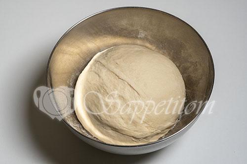 Пирожки с капустой в духовке #шаг 6