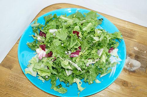 Греческий салат классический #шаг 10