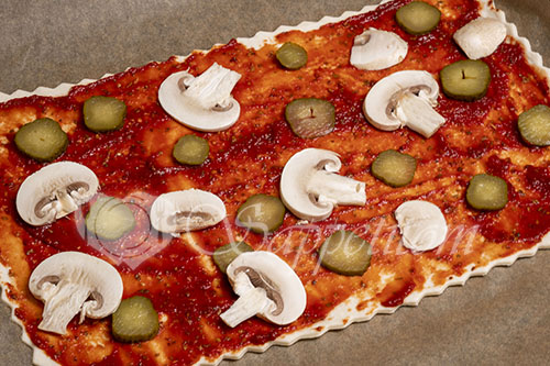 Пицца из слоеного теста #шаг 5