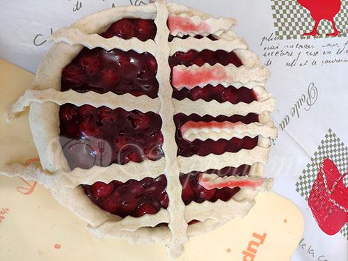 Пирог с вишней в духовке #шаг 6
