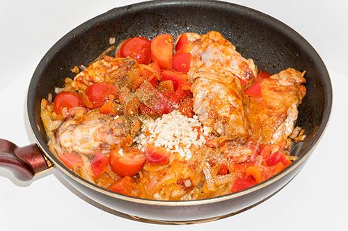 Курица с овощами на сковороде (чахобили) #шаг 14