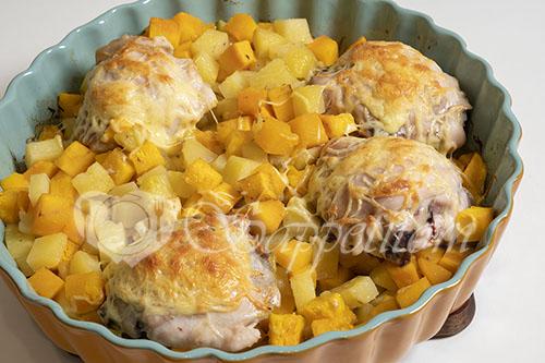 Курица запеченная с тыквой и картошкой #шаг 6