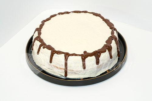 Бисквитный торт с кремом Шарлотт #шаг 10