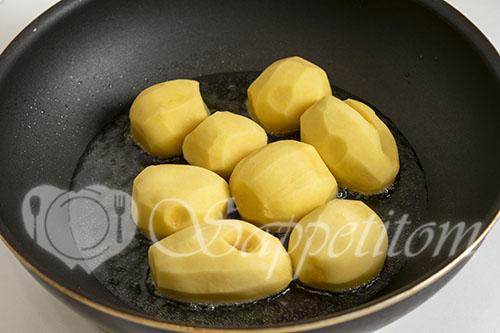 Курица с картошкой на сковороде #шаг 6