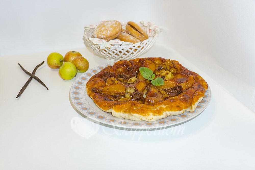 Тарт Татен с грушами и яблоками в духовке