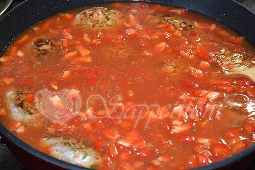 Фрикадельки в томатном соусе #шаг 13