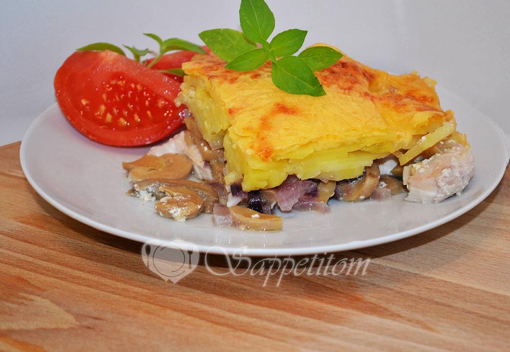 Картофельная запеканка с курицей и грибами