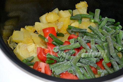 Картофель с сыром и стручковой фасолью в мультиварке #шаг 5