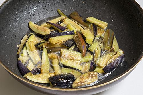 Мясо с овощами на сковороде #шаг 8